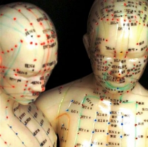acupuncture-man-woman