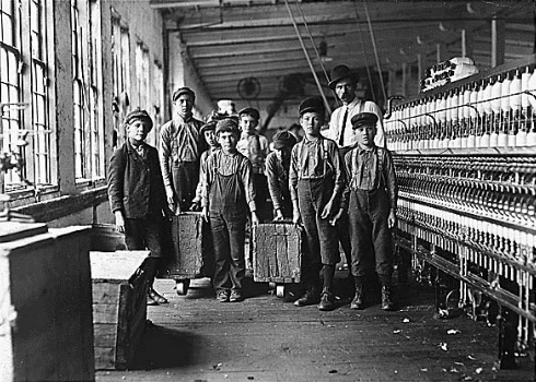 how workers in the us were affected during the industrialization Get an answer for 'how did the industrial revolution impact immigration to in the united states there were two the us was due largely to industrialization.