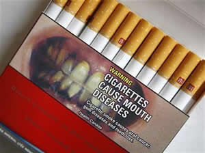 cigarettes-cause-mouth-disease