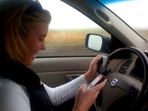 How to prevent distracted driving