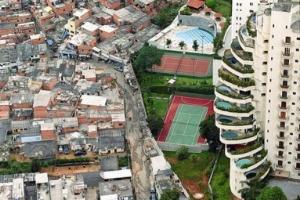 rich-and-poor-neighborhoods